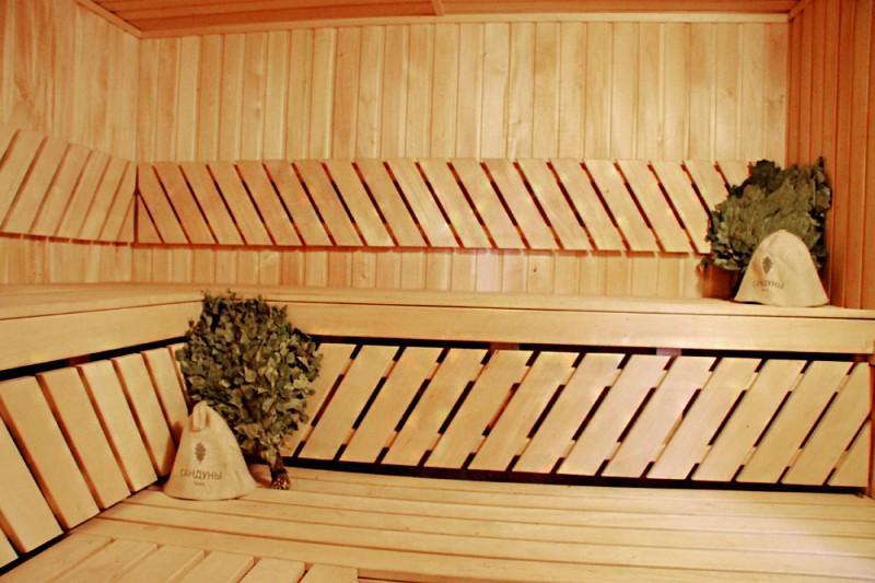 Спортивно-оздоровительный комплекс «Боксер» - Русские бани на Днепре відгуки, лазня/сауна Киев Днепровский район Гидропарк, 800 м. от Венецианского моста. , фото, адреса з картою проїзду.